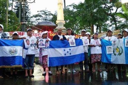 La solidaridad que reencuentra familiasmigrantes