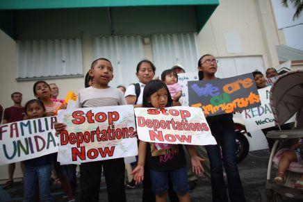 Redadas causan alarma entre migrantes en EstadosUnidos