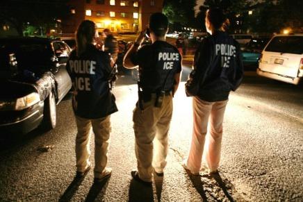 ICE arrestó a 121 inmigrantes durante primer fin de semana deredadas
