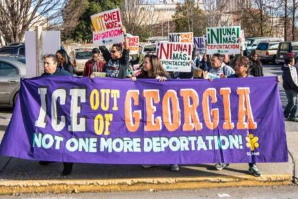 121 immigrant women and children subjected to 'terrifying' raids by US law enforcementagents