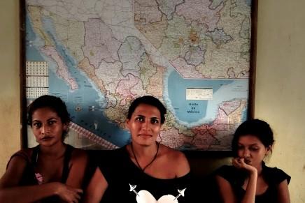 Mujeres migrantes en transito porMexico