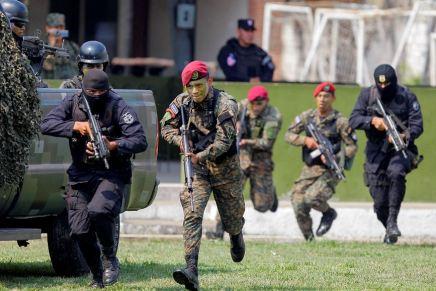 """Gobierno de El Salvador declara la """"guerra"""" a lasmaras"""