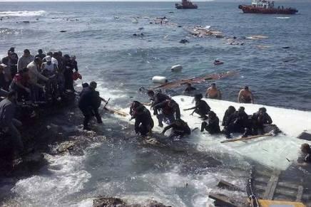 Naufragio en el Mediterráneo; unos 500 migrantes podrían haber muerto:Acnur