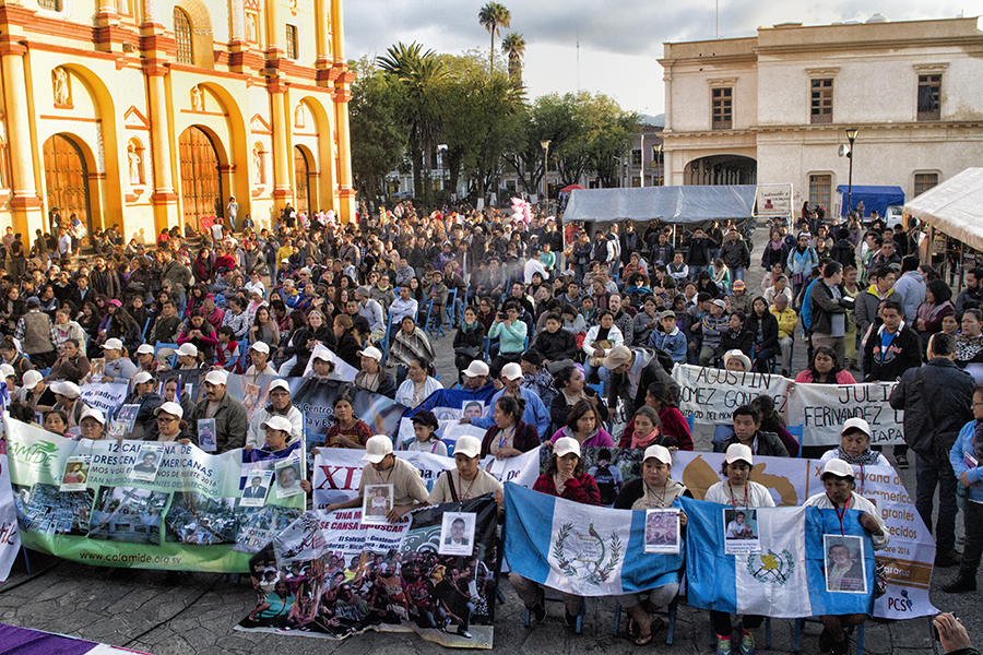 La caravana de Madres en San Cristóbal de las Casas, Chiapas