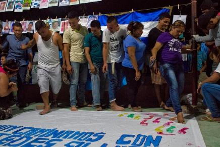 Los migrantes y las madres comparten el camino enIxtepec