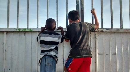 Gobiernos fracasan en proteccion a niños migrantes:ONU