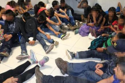 Detiene la PGR en Tabasco un camion de carga con 112 migrantes, entre ellos 23niños