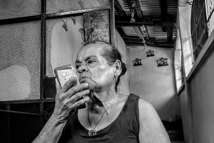 "CRONICA: ""Mamà mandame una partida de nacimiento"""