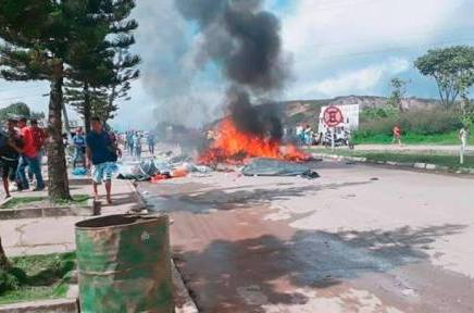 En Brasil queman campamentos de refugiadosvenezolanos