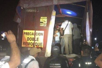 Localizan en México un trailer con 62  migrantes menores deedad
