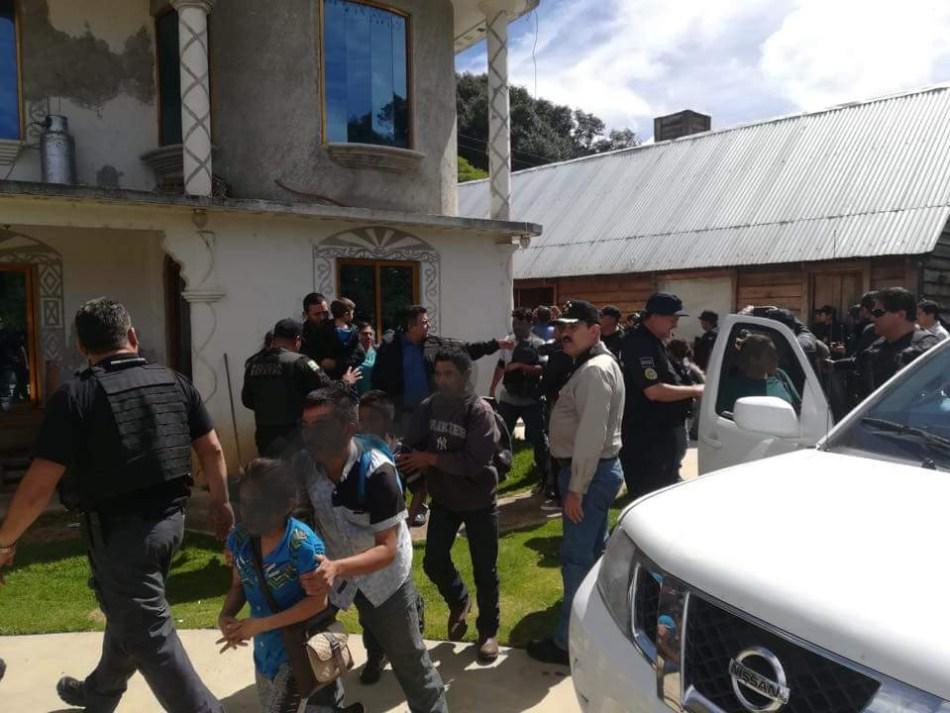 Rescatan en México a 22 migrantes centroamericanos que manteniansecuestrados