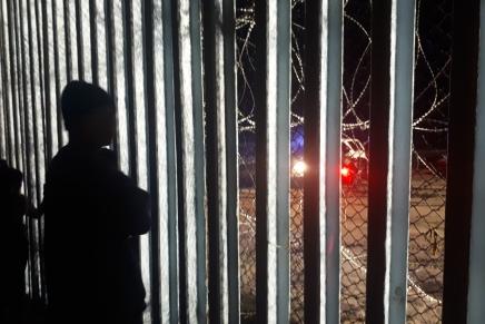 Muere migrante hondureño en su intento por cruzar nadando a SanDiego