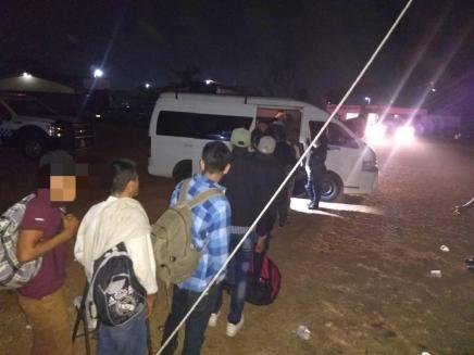 Imparable el tráfico de personas, detienen a 6 en Veracruz con 22 migrantes menores deedad