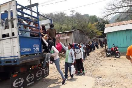 Trasladan a Honduras a las personas migrantes abandonadas por INM enTabasco