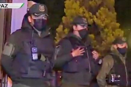 #ÚltimaHora: sitian la embajada de México enBolivia